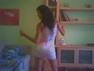 Latinas Girl Hot Dancing