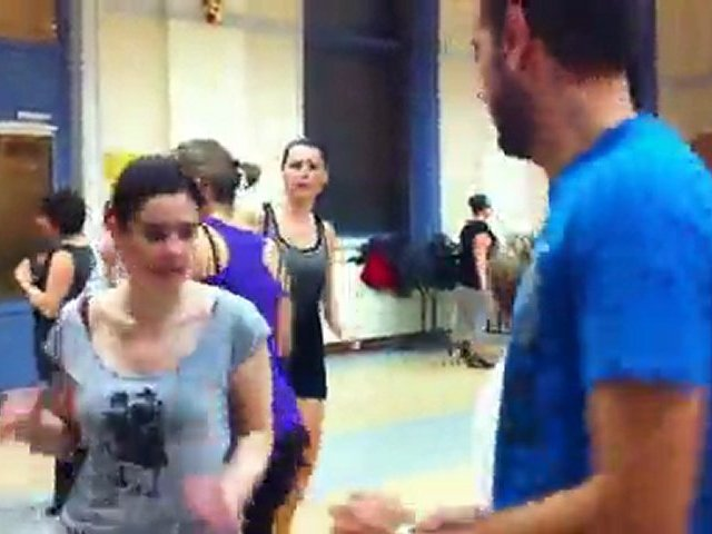 Lili Zumba : Danca do Creu – Battle des culs ( Esquerdes)