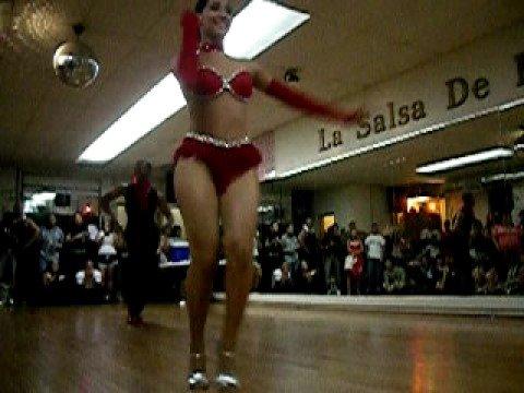 Puerto Rican Salsa Dancers – CRAZY SALSA MOVES!!! Part2