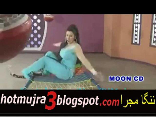 pakistani girls and men pakistan hot dance free sanya dance mujra in