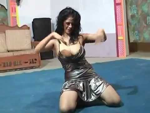 SEXY UNSEEN BOOB SHOW HOT MUJRA 2013