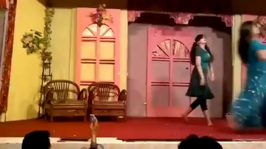 Dr Aima Khan VIP Mujra Live 2013