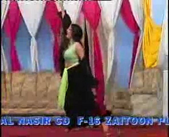 Pakistani Mujra Hot Dance – Naeem