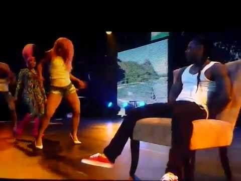 Nicki Minaj giving Lil Wayne a lap dance @ I Am Still Music Tour (Bank Atlantic Center)
