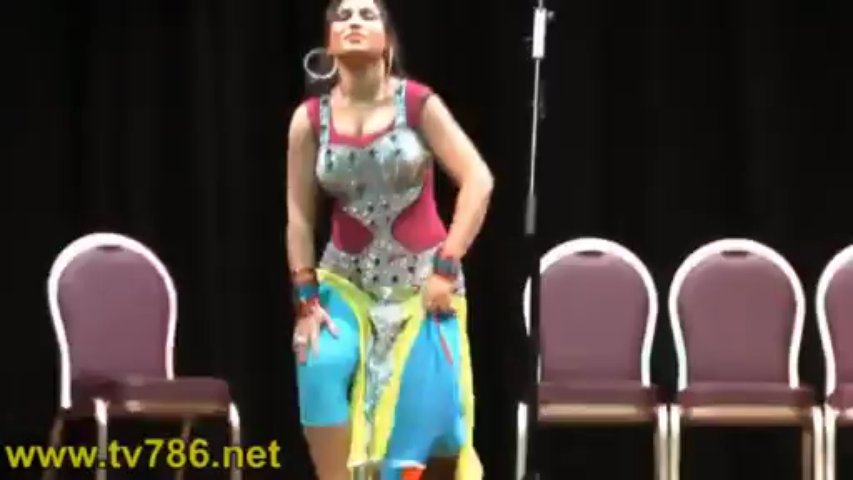 Nazli Hot Sexy Full Boobs Clevage Show Mujra Dance On Stage