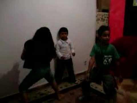 Dança do Créu – Niver Emanuelle