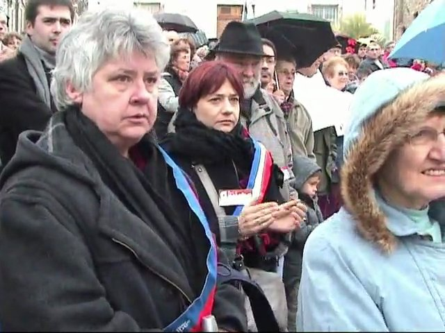 Marche contre le ministre des expulsions Eric Besson
