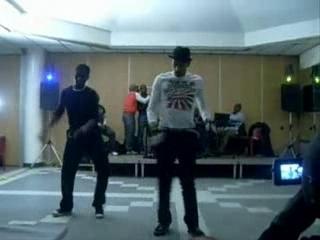 Awolowo dj mixamoulance show a paris act 1