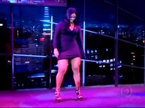 Programa do Jô   Mulher Melancia mostra a Dança do Créu     YouTube 2
