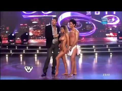 Novinha Dançando Funk no espelho Twerk Dance Beautiful girl from Brazil