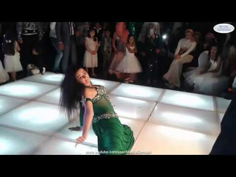 Seksi Arabic Belly Dance Goyang Dangdut Erotik Sensasi Oleh Safinaz Di Majilis Perkahwinan