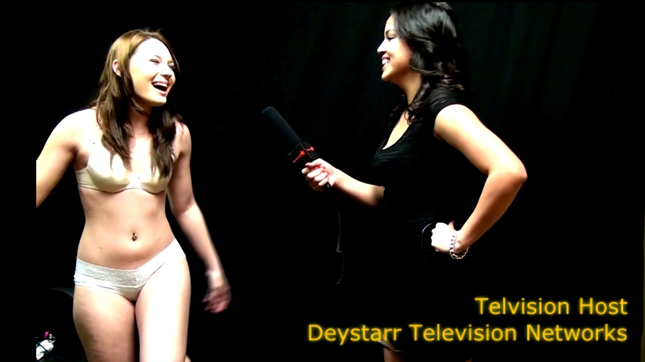 Deystarr All Access – Latina Does it All