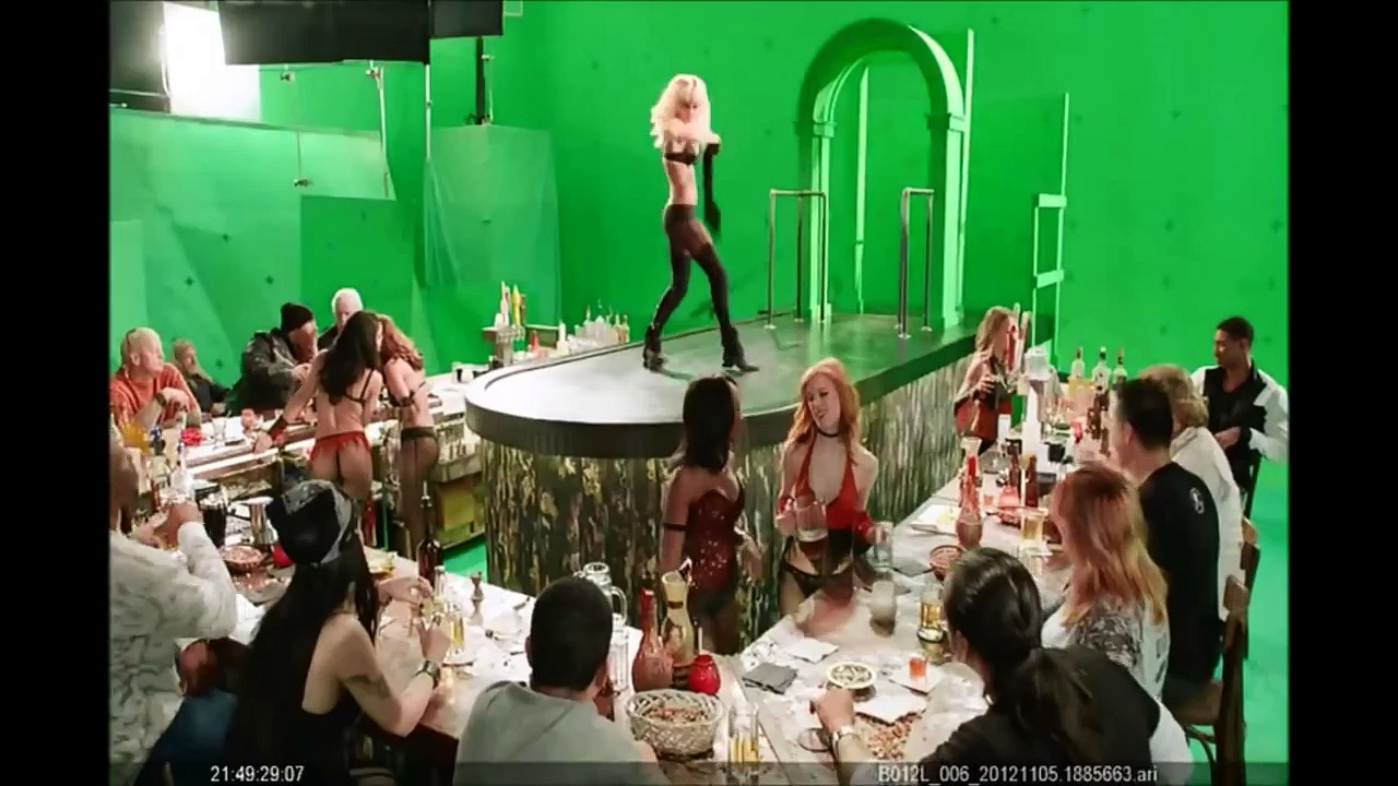 "Watch Jessica Alba's Sexy Dance Behind The Scenes Of ""Sin City 2″ (NSFW)"