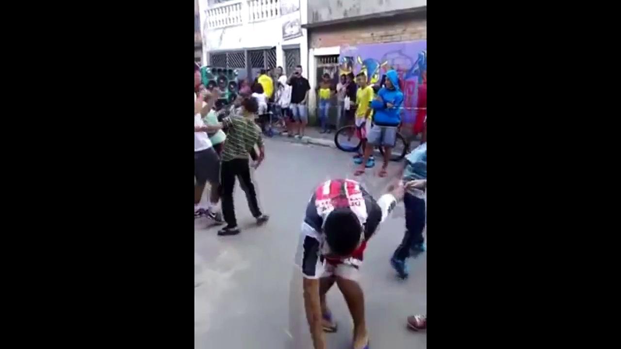 How to dance MESHUGGAH (Brazilian Version)
