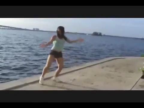 JAPANESE FROM BRAZIL  CONFRONTO DANCE – Ryanka Vs. Camila Mitsue