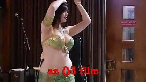 Beautiful girl dance in home new hd girls mujra indian punjabi pakistani dubai belly dance