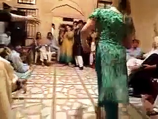Pakistani Girl Private Mujra In Wedding Party