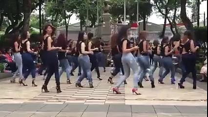 Latina dance class