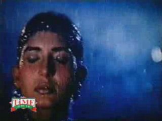 Mallu Indian desi aunty sexy wet in rain hot dance