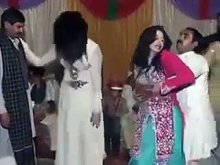 New Hot Desi Pakistani Mujra Dance in Wedding Party
