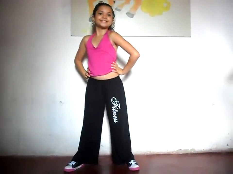 Aryadna 10 years old dance freestyle (Brazil)