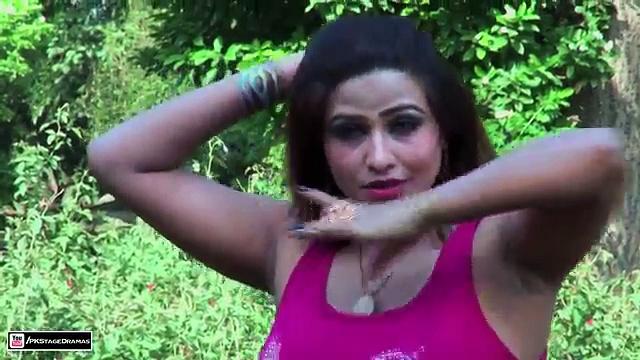Bindia Ka Gora Rang Sexy Punjabi Mujra – Pakistani Mujra Dance 2014