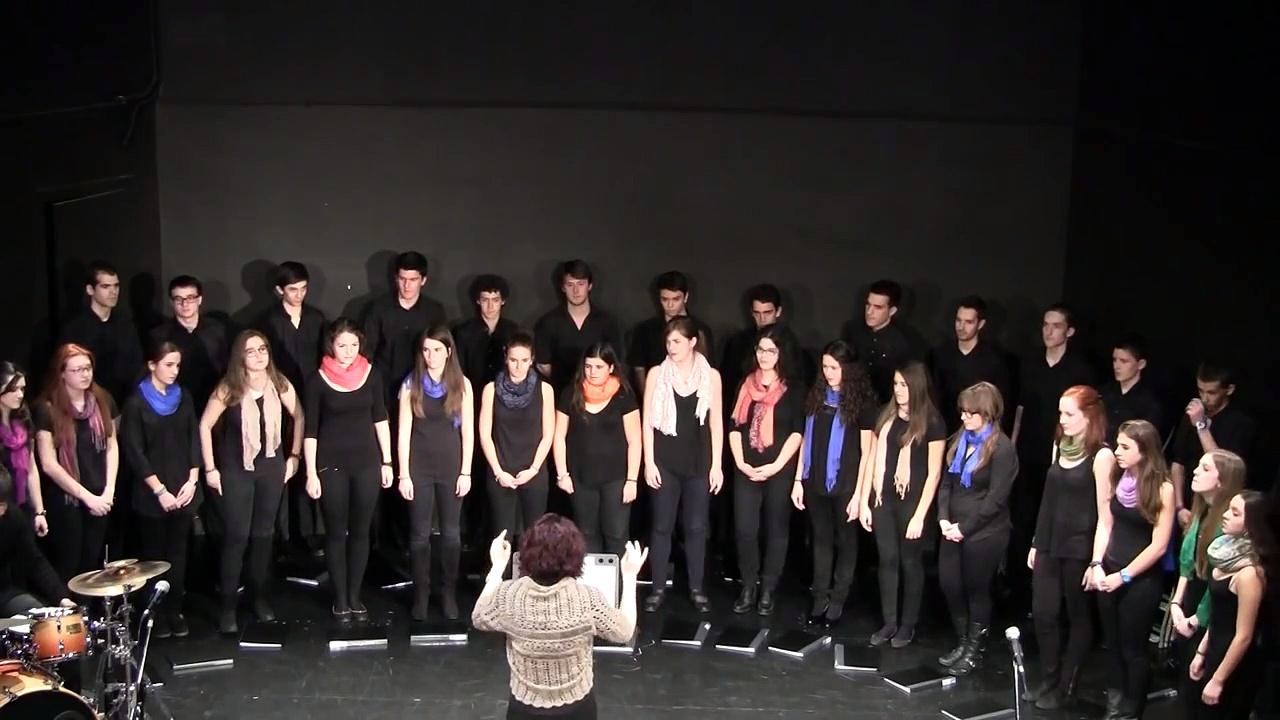Escola de Música Creu Alta – Cor de Joves Vakomba – Trashin the Camp