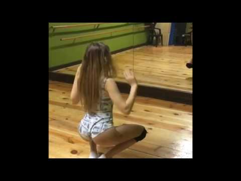 Young latina girl sexy twerk dance #1