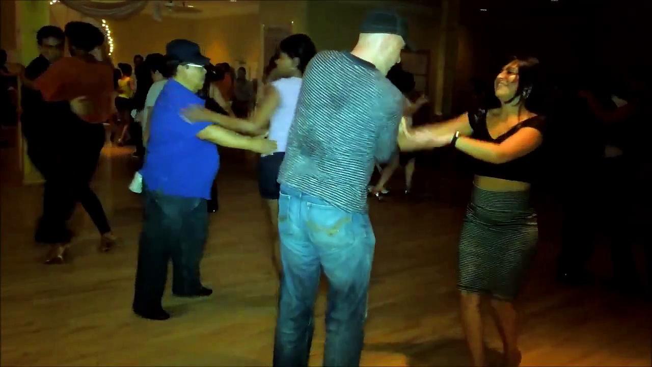Achiko Zarnadze & Fabiola Chevarria Social Dance at Mr. Mambo's Salsa Social