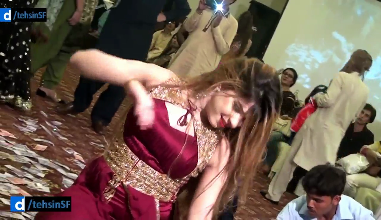 Koi Rohi Yaad(Mujra Dance)Best Performance on Party
