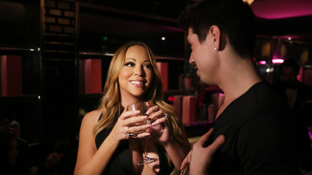 'Mariah's World': Mariah Carey Gives Bryan Tanaka a Sexy Lap Dance