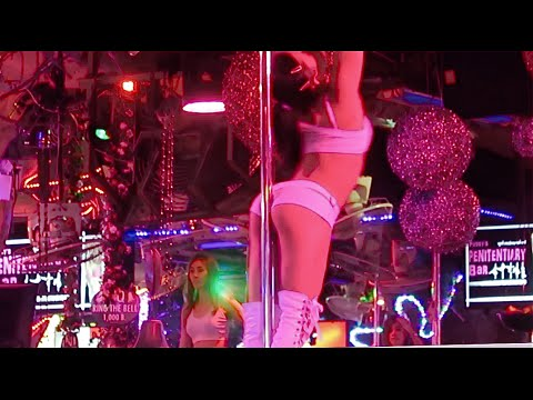 BEST POLE DANCER EVER…???